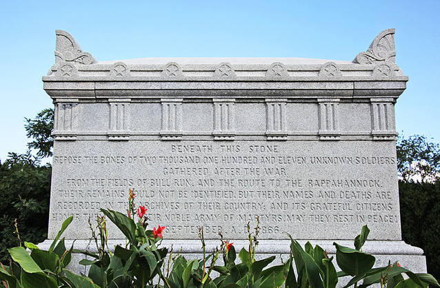 Tomb of the Unknown Soldier - Arlington National Cemetery Wikimedia Commons Image