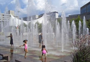 crown Center Fountain, Kansas City, MO - by day