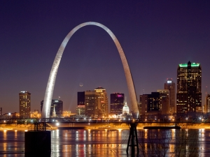 Gateway Arch to St. Louis - larrycprice.com image