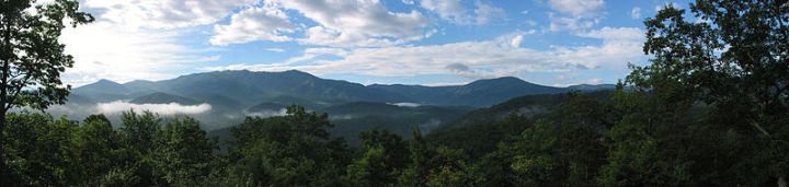 G reat Smoky Mountains - Wikimedia Commons image