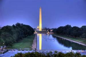 Washington Monument at dusk, Wikimedia Commons image